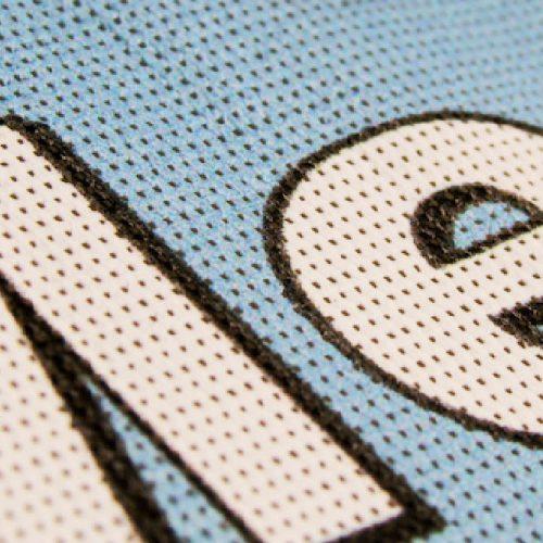 Repro Voorne mesh banner - steigerdoek